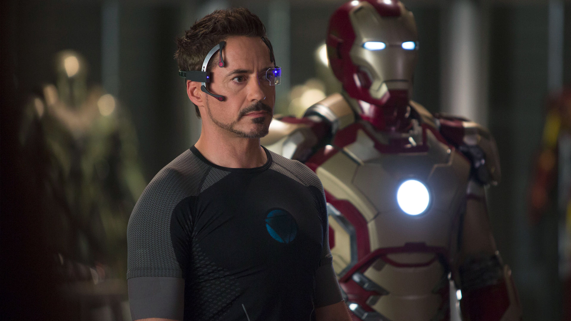 Iron Man 3 Robert Downey Jr Suits